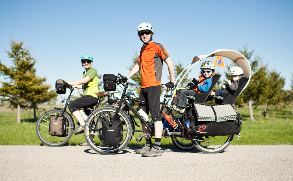 Pedal Powered Family - Photo-JennStarkPhotographers