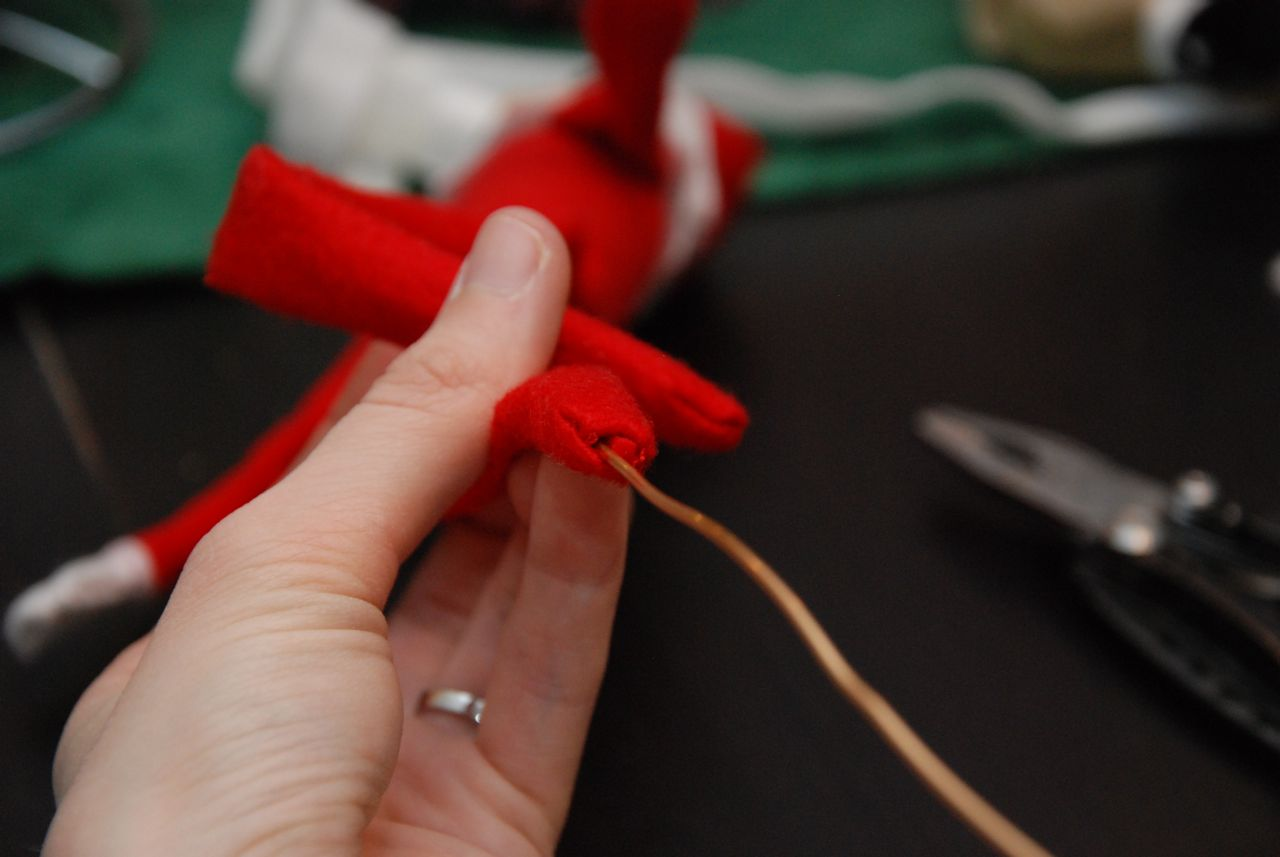 Make Your Elf On The Shelf Bendable And Grippy Tutorial