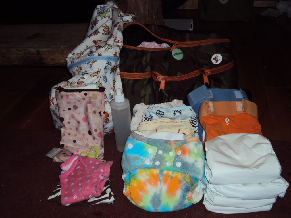 packing a diaper bag and cloth wipes for daycare dirty diaper laundry. Black Bedroom Furniture Sets. Home Design Ideas