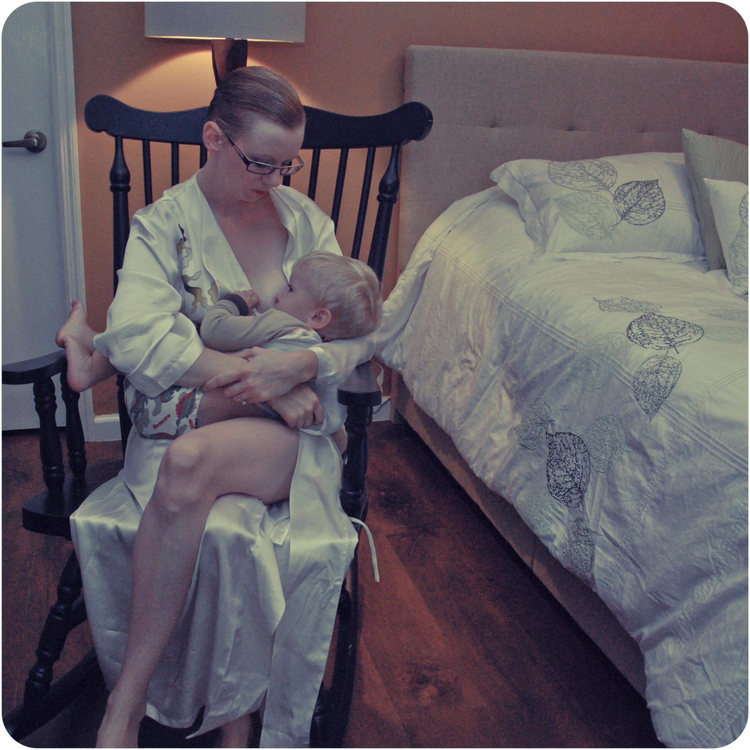 nursing toddler rocking chair