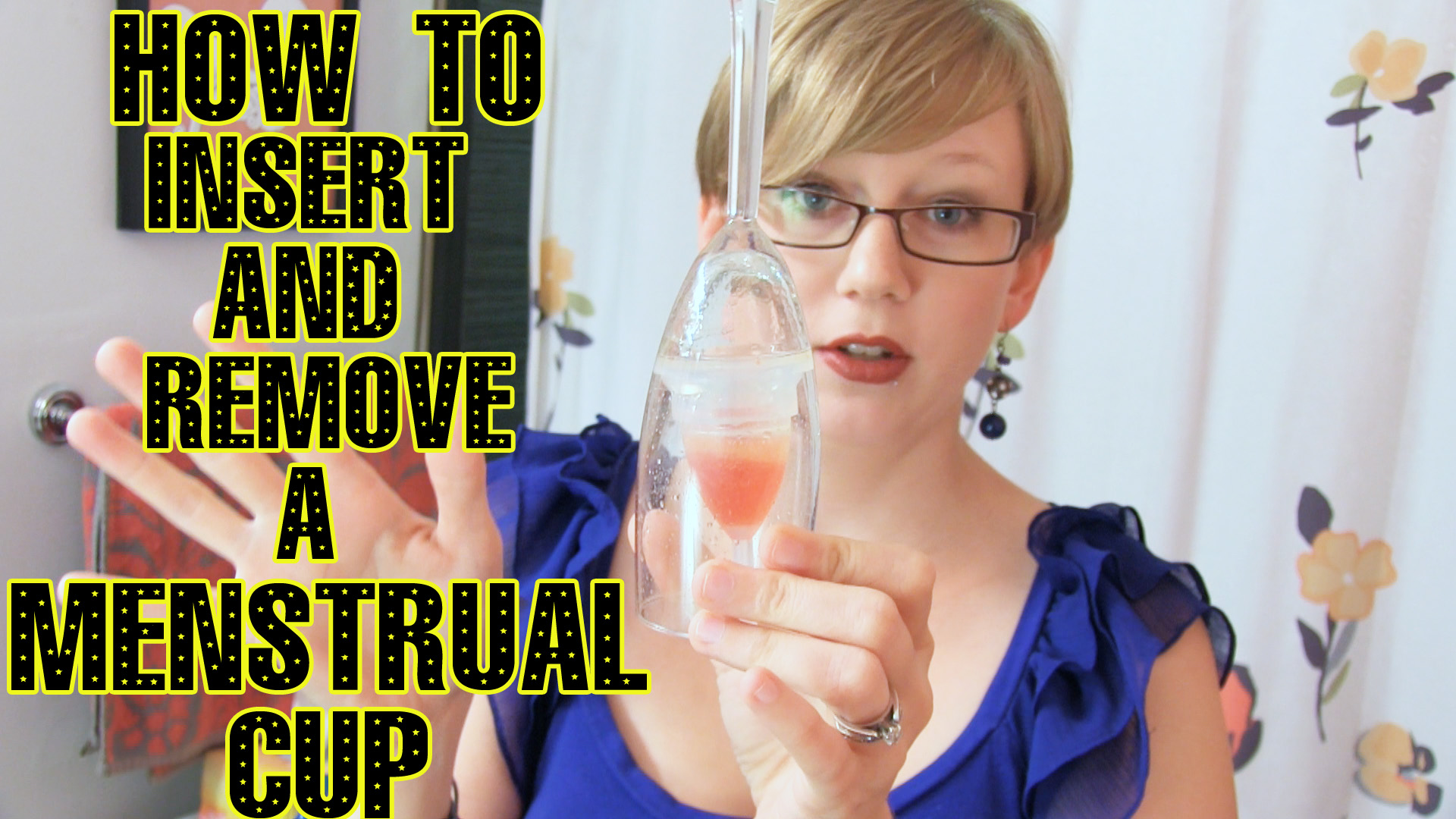 How to insert and remove a menstrual cup-video